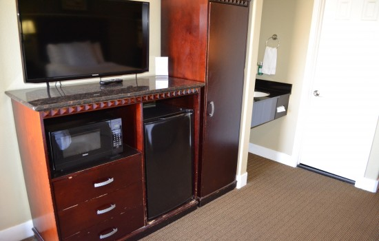 Welcome To North Bay Inn - In-Room Conveniences